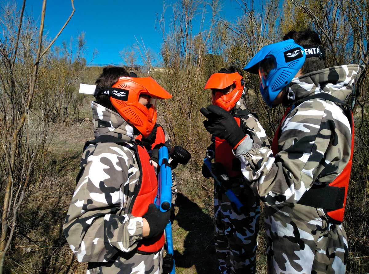 Click to enlarge image paintball-ninos-9-anos-5.jpg